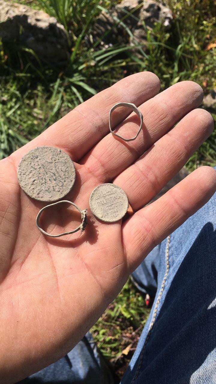 מציאה נדירה של מטבע עותמני ומטבע מייל מלפני 200 שנה